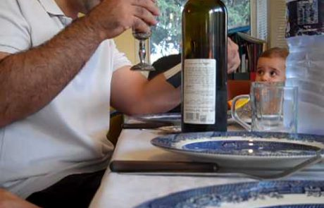 Israeli Family Performs Kiddush and Candle Lighting