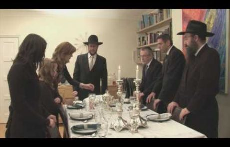 Rabbi Jonathan Sacks & Chabad: How to Perform Friday Night Kiddush