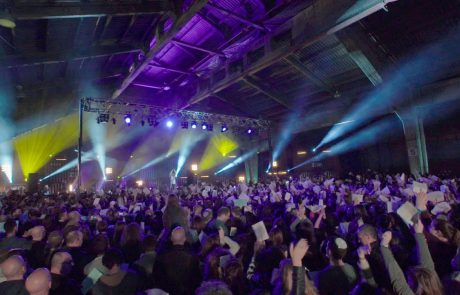 "Koolulam: 3000 People Sing Matisyahu's ""One Day"" in Hebrew, English & Arabic"